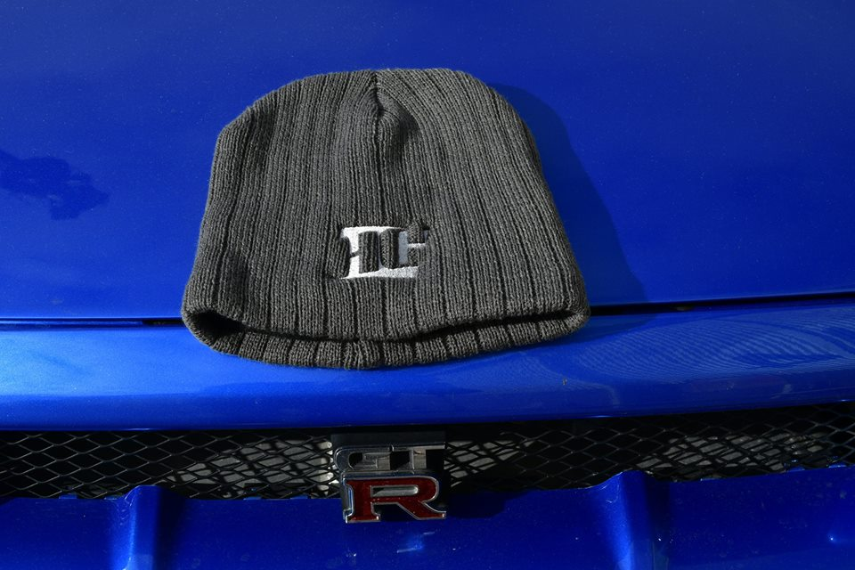 1_Beanie-Grey-on-GTR
