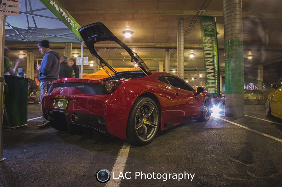 Ferrariback